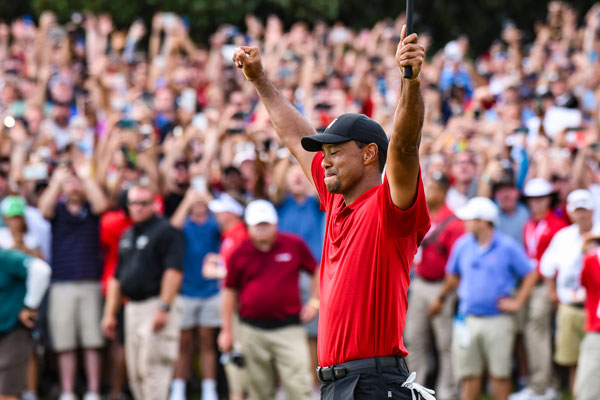 3ff4baa4b09bd ... capable of holding back the overflow gallery on East Lake Golf Club s  18th hole as Tiger Woods walked toward the final green at the TOUR  Championship ...