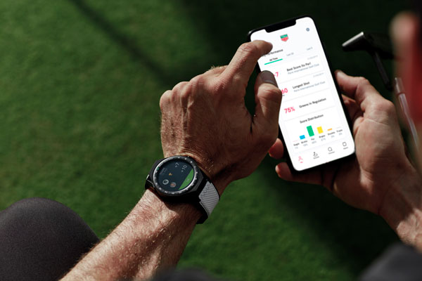 more photos 0a3b0 d8913 TAG Heuer, one of the world s leading watchmakers, are attempting to gain a  slice of the growing golf GPS watch market with the launch of the Connected  ...